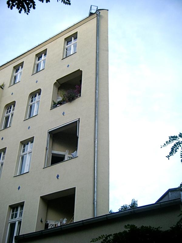 Fake Building